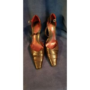 Vintage Style Dark Brown Heels